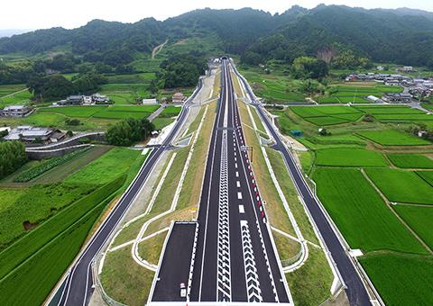 大和御所道路條・室地区(奈良県)