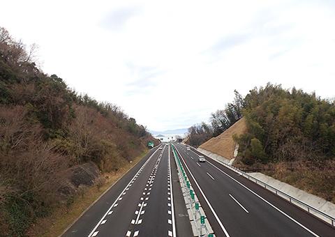 高松自動車道さぬき東かがわ舗装(香川県)